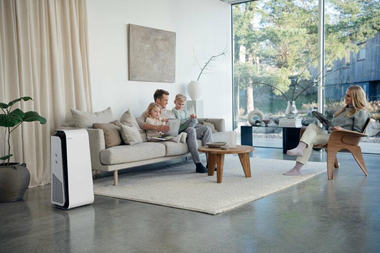 Blueair HealthProtect 7400 Lifestyle living room 4 1